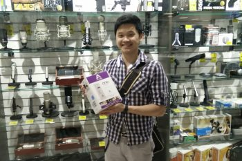 Vancouver Grand Opening Prize Draw Winner: Sean Chen